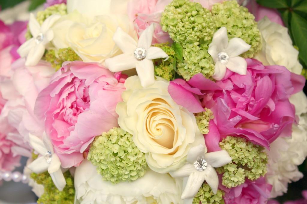 Stephantotis Peonies and Roses with Viburnum