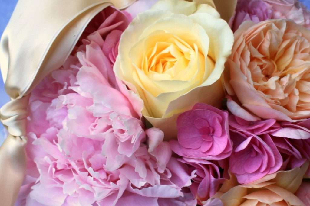 Peony and roses with hydrangea