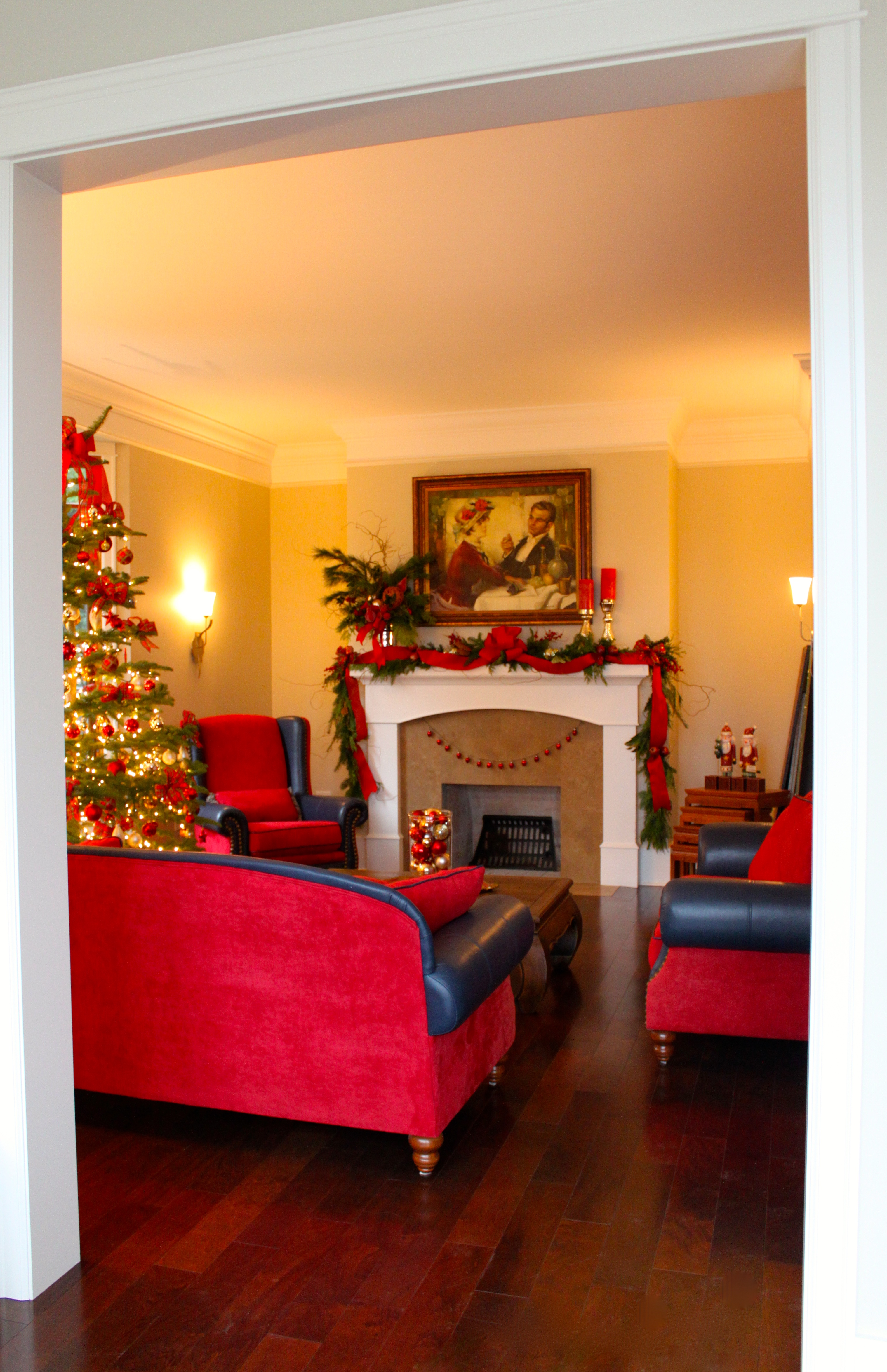Holiday Decorating Service --Living Room