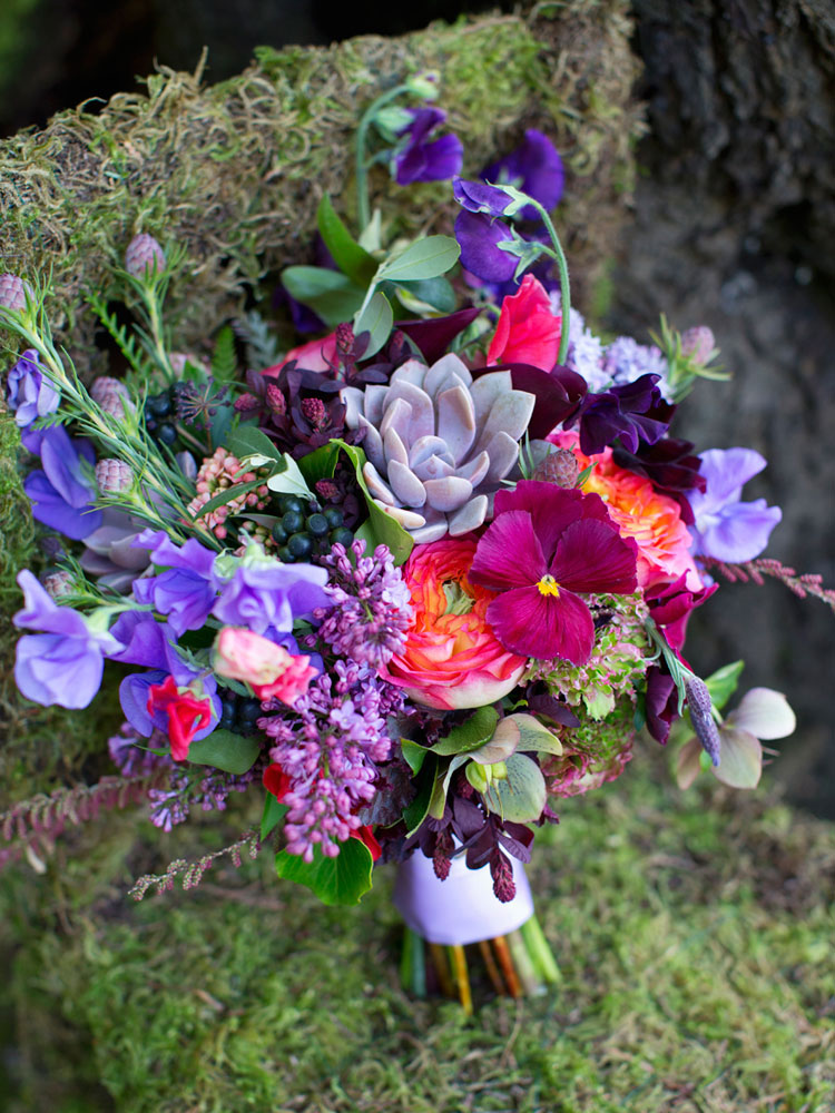 Wedding Bouquets: Canada\'s Most Beautiful- Foxgloves